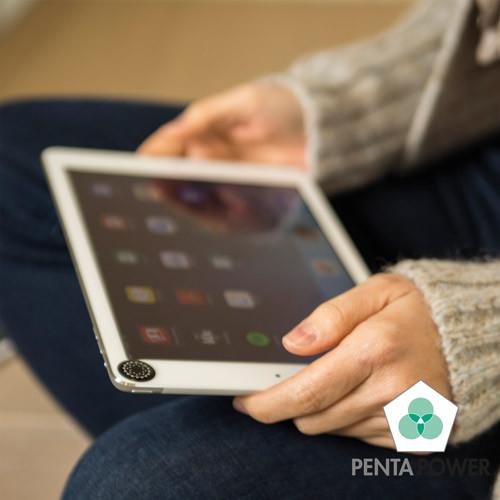 Penta Power Phone Tag Zwart op Tablet